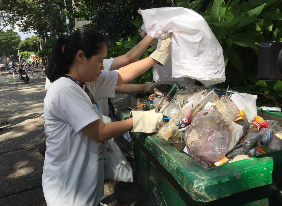 Làm gì để quản lý rác thải nhựa đại dương ở TP.HCM ? - Ảnh 2.