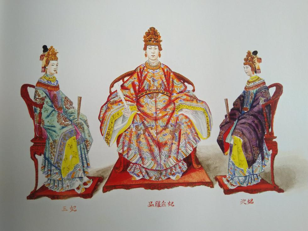 Đời thăng trầm của Hoàng quý phi bị vua Tự Đức giáng cấp - Ảnh 2.