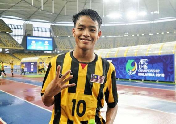 """Tỷ phú ra tay, """"thần đồng Malaysia"""" kí hợp đồng 5 năm với CLB Bỉ - Ảnh 1."""