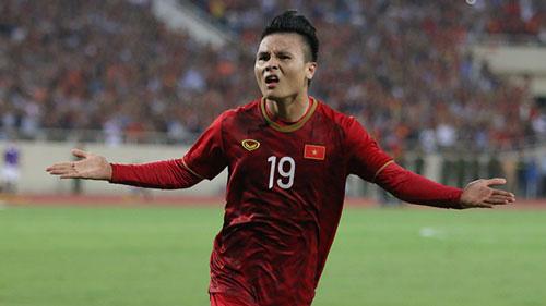 Quang Hải được tạp chí bóng đá tôn vinh.