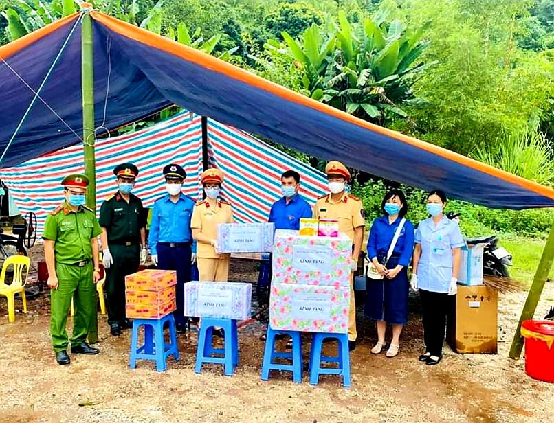 Lạng Sơn: Gần 15 tỷ ủng hộ công tác phòng, chống dịch Covid-19 - Ảnh 1.