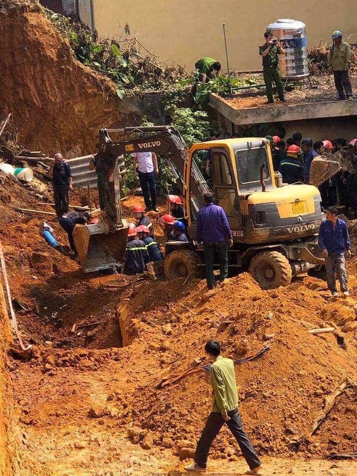Phú Thọ: Sập công trình trong Trung tâm hướng nhiều người thương vong - Ảnh 2.