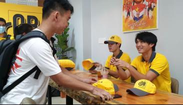 Cà phê Ông Bầu ra mắt sinh viên Sài Gòn - Ảnh 5.