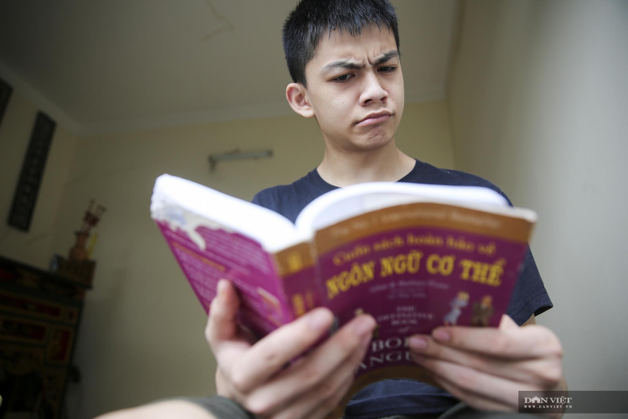 """Cậu bé """"bại não"""" được tuyển thẳng vào ngành Trí tuệ nhân tạo Đại học FPT - Ảnh 4."""