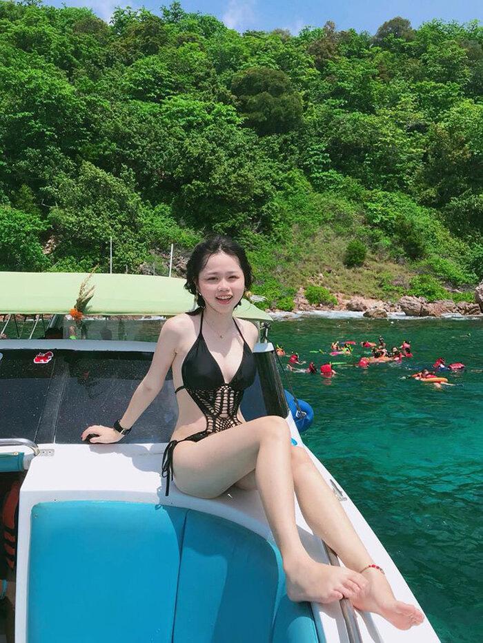 """Bạn gái Quang Hải """"đốn tim"""" dân tình với thân hình nóng bỏng, không ngại đáp trả anti-fan - Ảnh 2."""