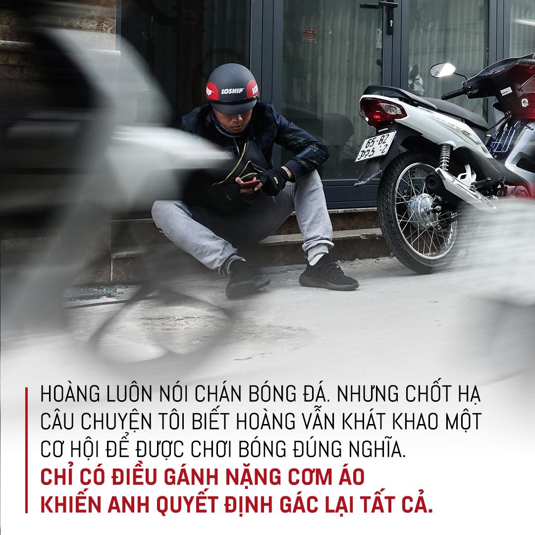 """Tuyển thủ U18 Việt Nam Phan Bá Hoàng: Mẹ, bóng đá & nước mắt của Hoàng """"shipper"""" - Ảnh 14."""