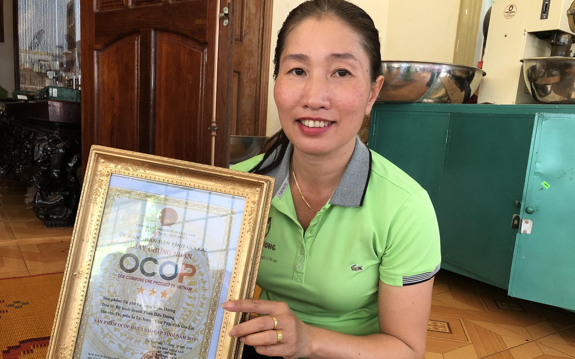 Gia Lai: Vì sao thiên hạ lắm người trồng cà phê lỗ liểng xiểng mà bà nông dân này vẫn lời cả tỷ đồng?