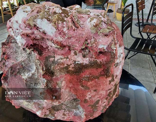 """Quảng Ngãi: Nhặt được khối đá nghi """"Kì nam biển"""", chủ nhân bán được tiền tỷ   - Ảnh 2."""