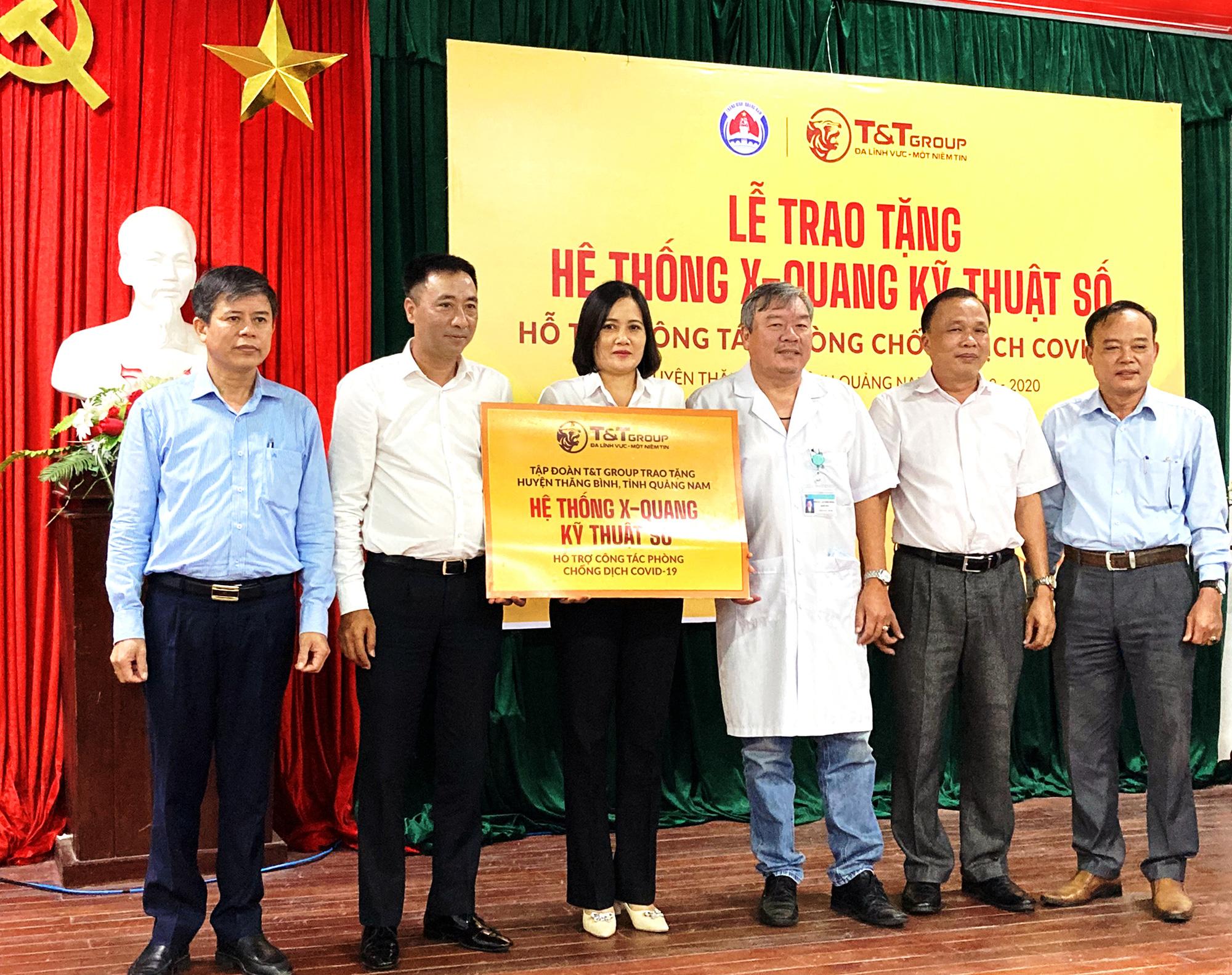 Tập đoàn T&T Group trao tặng hệ thống X-Quang kỹ thuật số hỗ trợ cho huyện Thăng Bình (tỉnh Quảng Nam) phòng chống dịch COVID-19 - Ảnh 1.