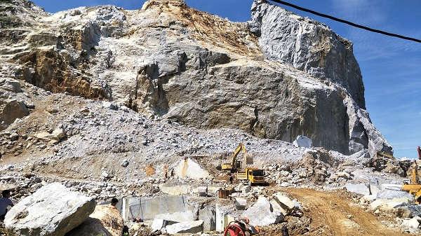 Quản lý tài nguyên khoáng sản ở Thanh Hóa: Xử nghiêm sai phạm, hỗ trợ bảo vệ môi trường - Ảnh 1.