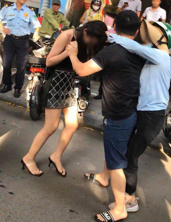 """Lương Bằng Quang thừa nhận từng bị """"cắm sừng"""", Ngân 98 tranh thủ """"đá xéo"""" tình cũ của bạn trai - Ảnh 1."""