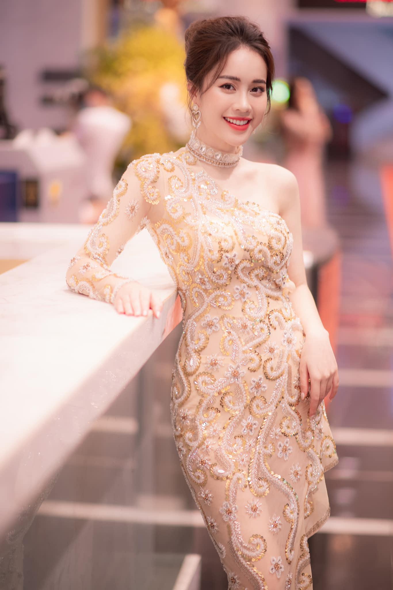 MC VTV được ban tổ chức Hoa hậu VN gọi kiểm tra thông tin và chuyện thật như đùa đằng sau   - Ảnh 4.