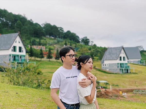 Lý do khiến Phan Mạnh Quỳnh phải hoãn cưới lần 2 dù đã cầu hôn bạn gái Khánh Vy 2 năm - Ảnh 1.