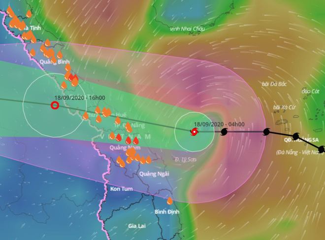 Khẩn: Bão số 5 đổ bộ Quảng Bình - Quảng Nam vào trưa nay, đã gây mưa lớn nhiều nơi  - Ảnh 1.