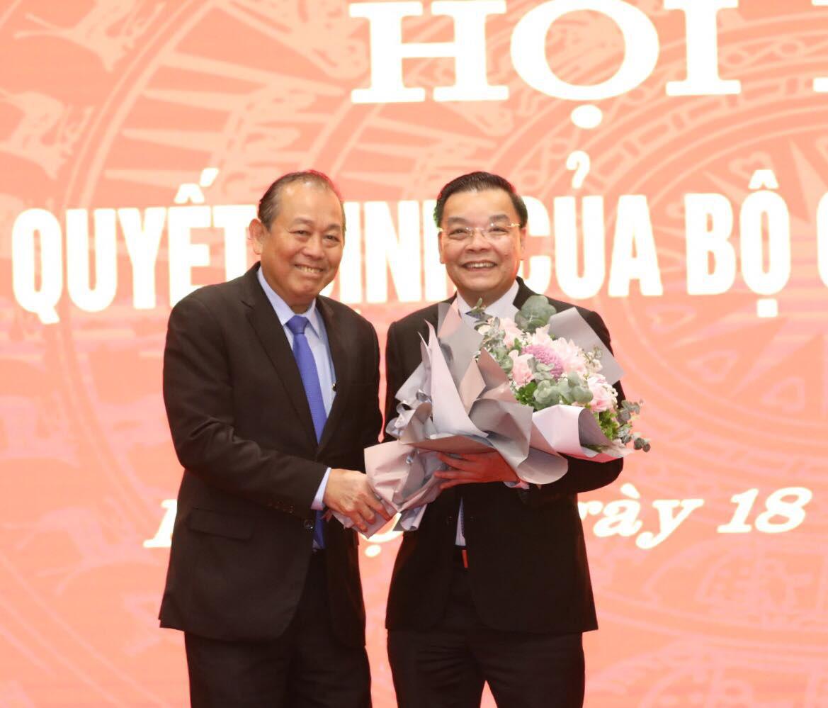 Bộ Chính trị điều động Bộ trưởng Bộ Khoa học và Công nghệ Chu Ngọc Anh làm Phó Bí thư Thành ủy Hà Nội - Ảnh 2.