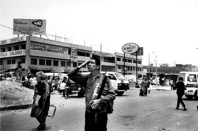 Có bao nhiêu người chết trong cuộc nội chiến Peru từ 1980 tới 2000? - Ảnh 1.