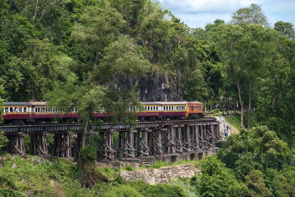 Tuyến đường sắt Việt Nam bất ngờ được bình chọn đẹp nhất thế giới - Ảnh 7.