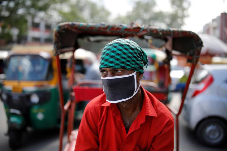 Ấn Độ quay cuồng, chống chọi với số ca nhiễm hàng ngày nhiễm Covid-19 cao nhất thế giới - Ảnh 12.