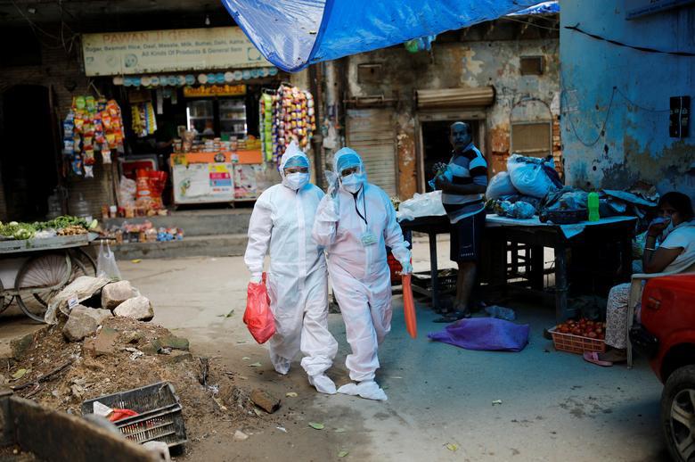 Ấn Độ quay cuồng, chống chọi với số ca nhiễm hàng ngày nhiễm Covid-19 cao nhất thế giới - Ảnh 8.