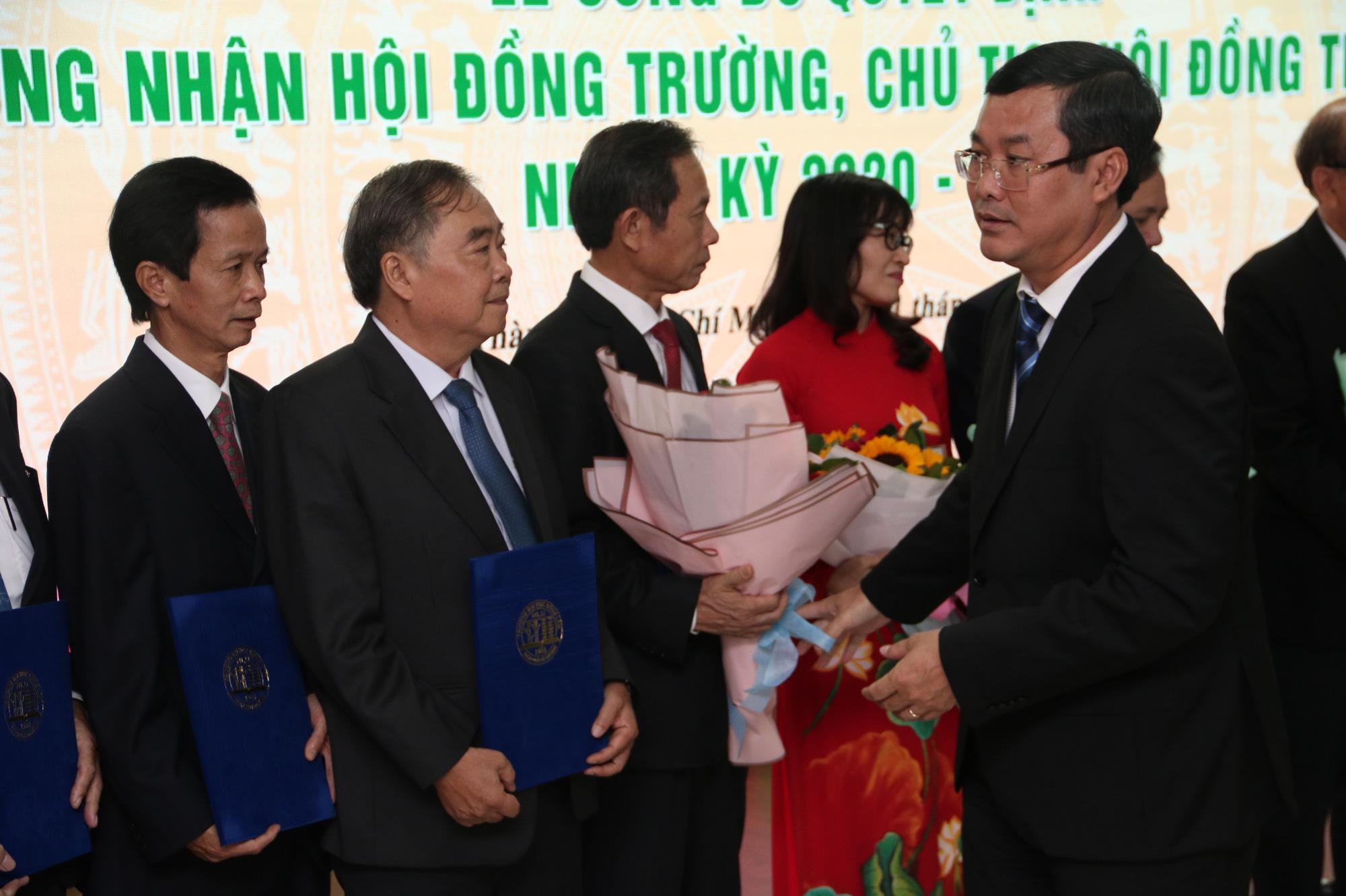 Trường ĐH Nông lâm TP.HCM công bố hội đồng trường - Ảnh 1.