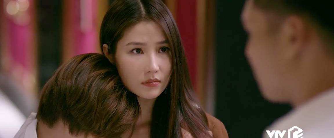 Tình yêu và tham vọng tập 53: Linh tránh mặt Minh, Sơn cưỡng hôn Linh  - Ảnh 3.