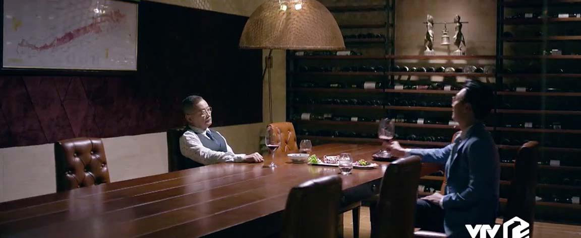 Tình yêu và tham vọng tập 53: Linh tránh mặt Minh, Sơn cưỡng hôn Linh  - Ảnh 4.