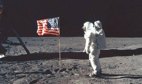 Người Mỹ có lên Mặt trăng thật không? - Ảnh 1.