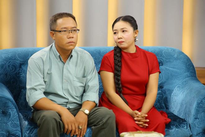 Ốc Thanh Vân xót xa trước câu chuyên người vợ hơn 25 năm sống trong lo âu bị bạo hành - Ảnh 1.