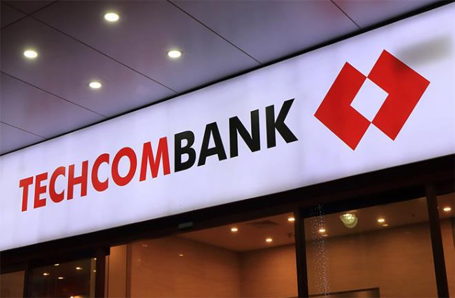 Cổ phiếu Techcombank: 'Sếp' lớn bán, người thân chi tiền tỷ mua - Ảnh 1.