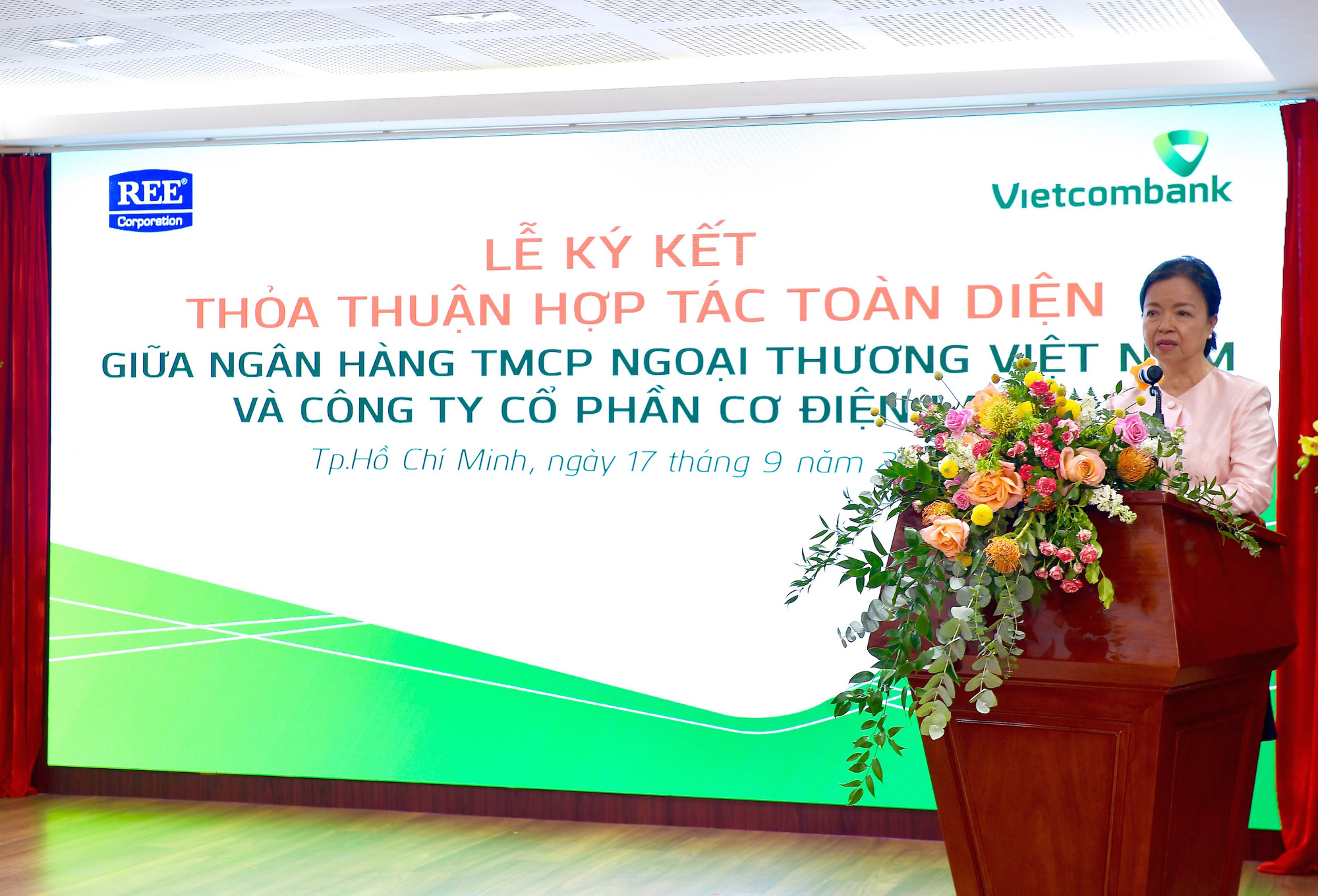 Vietcombank và REE Corporation ký kết Thoả thuận Hợp tác toàn diện - Ảnh 2.