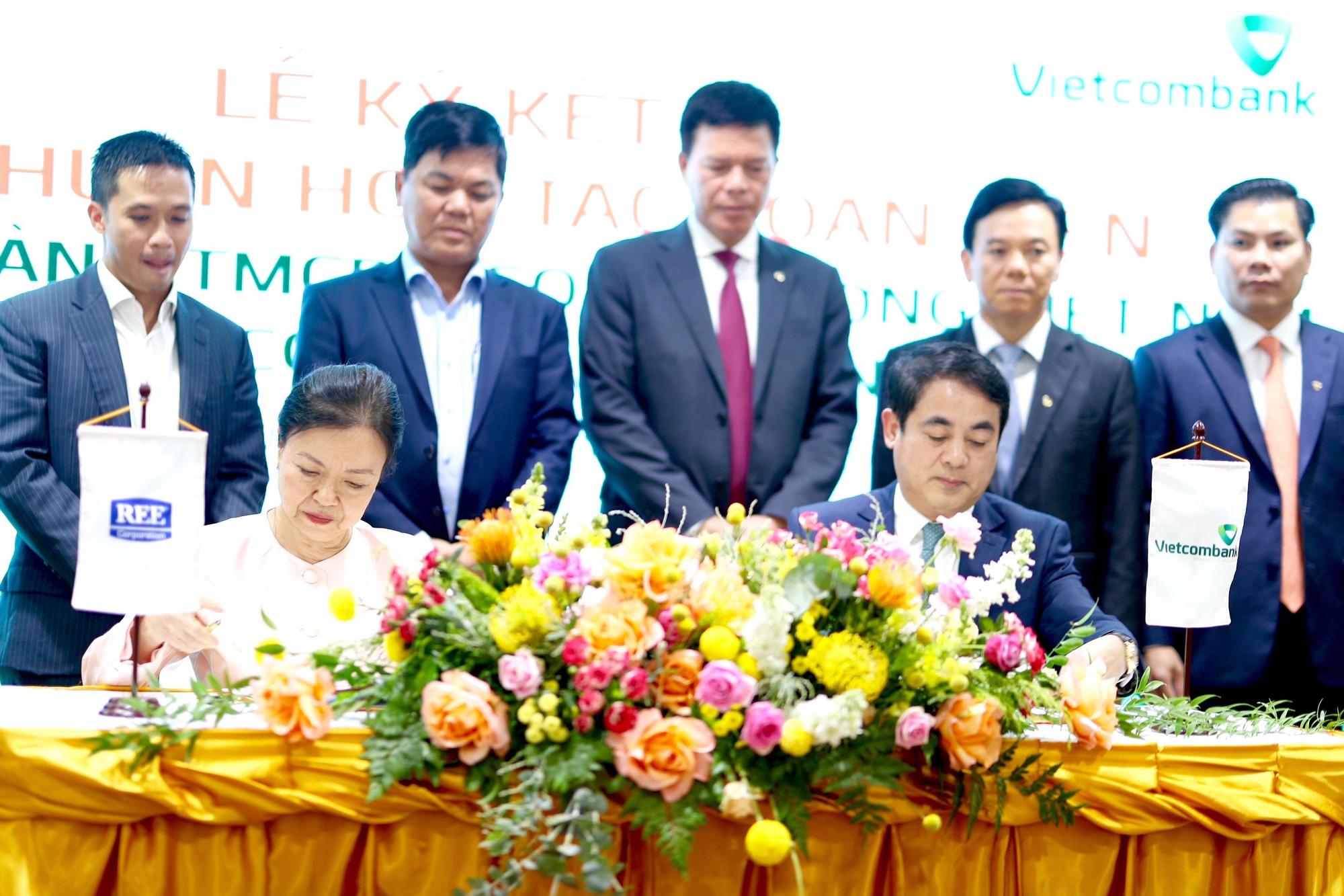 Vietcombank và REE Corporation ký kết Thoả thuận Hợp tác toàn diện - Ảnh 3.