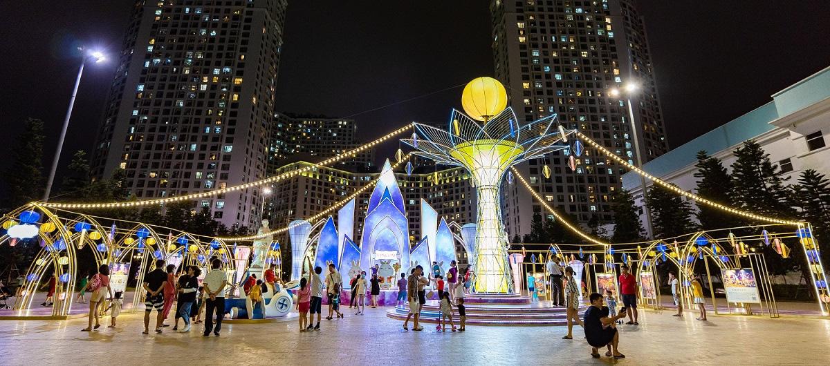 """Ba """"Nhất"""" hút khách tham dự đại tiệc Trung thu 2020 tại 79 Vincom trên toàn quốc - Ảnh 1."""