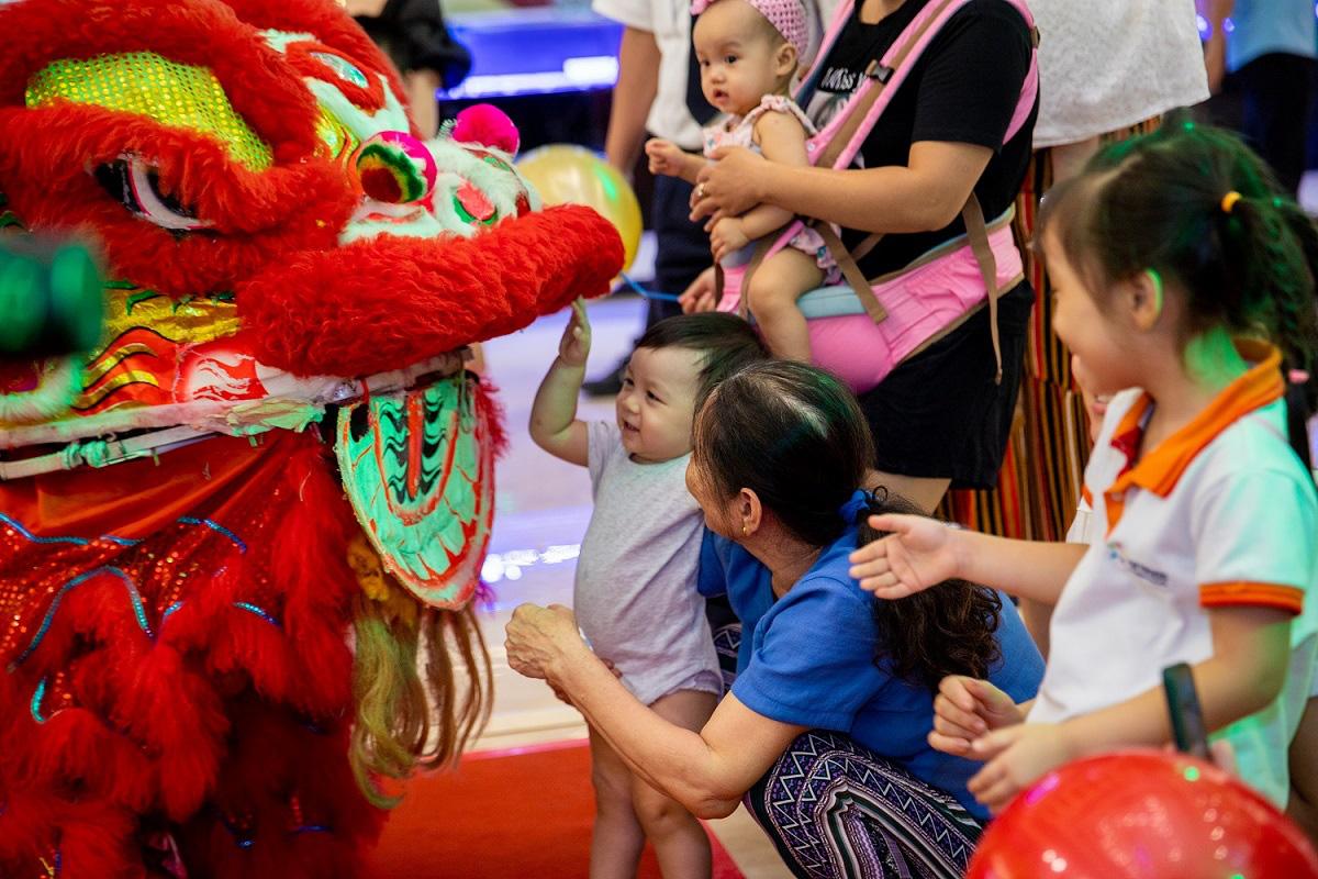 """Ba """"Nhất"""" hút khách tham dự đại tiệc Trung thu 2020 tại 79 Vincom trên toàn quốc - Ảnh 3."""