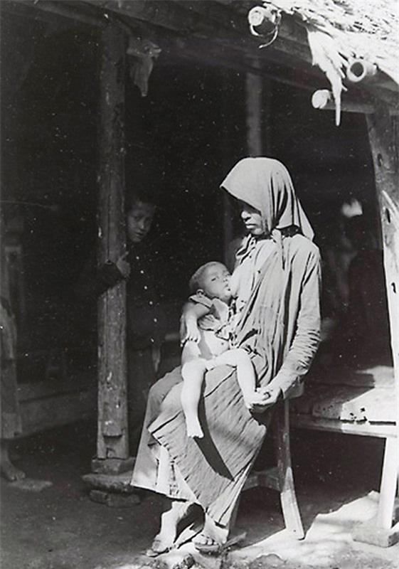 Những bức ảnh cực hiếm về phụ nữ nông thôn Việt Nam đầu thế kỷ 20 - Ảnh 10.