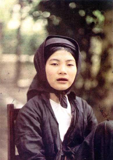 Những bức ảnh cực hiếm về phụ nữ nông thôn Việt Nam đầu thế kỷ 20 - Ảnh 12.