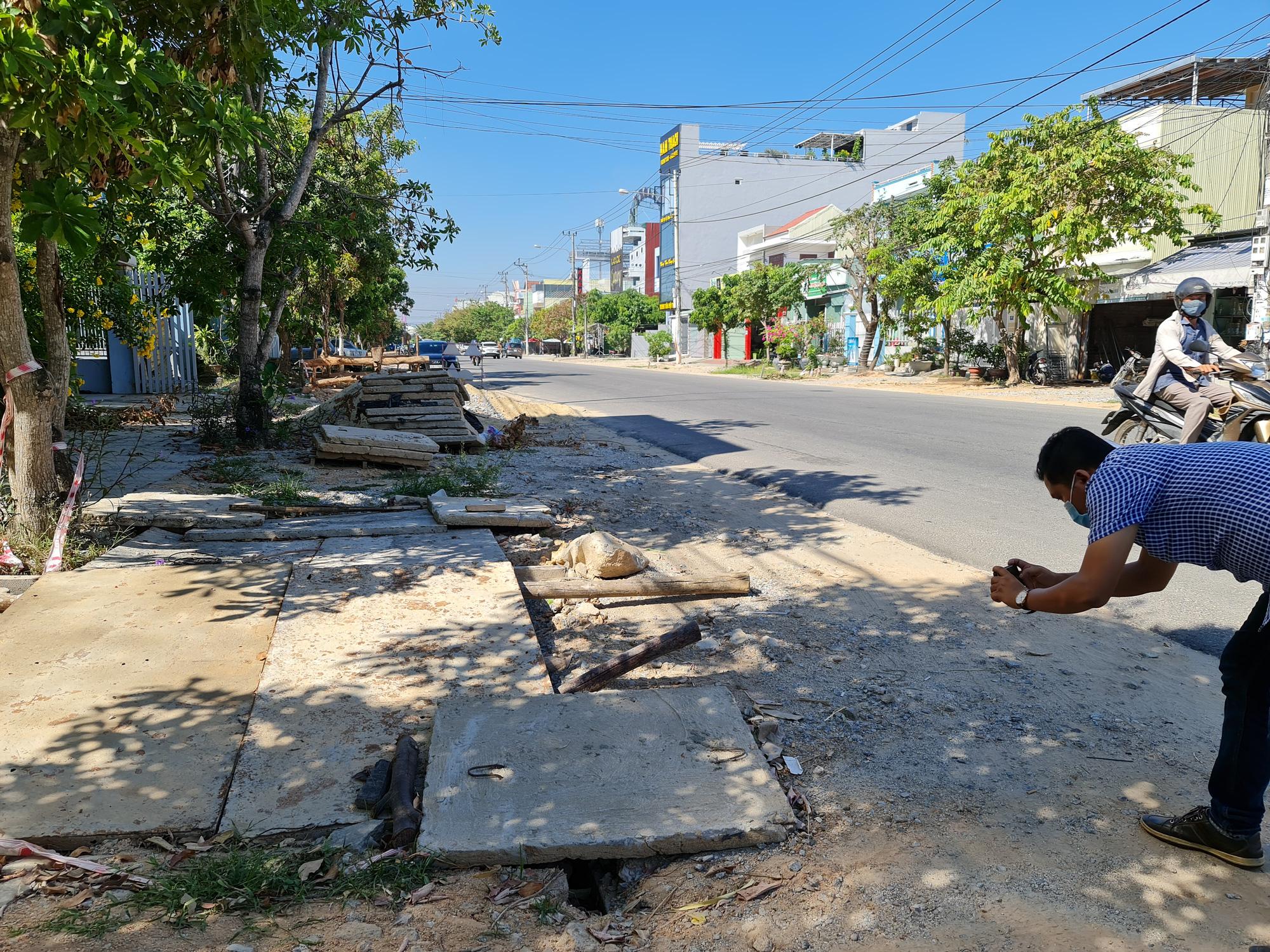 """Quảng Nam: Doanh nghiệp """"bỏ chạy"""", đường gần 27 tỷ hành dân - Ảnh 1."""