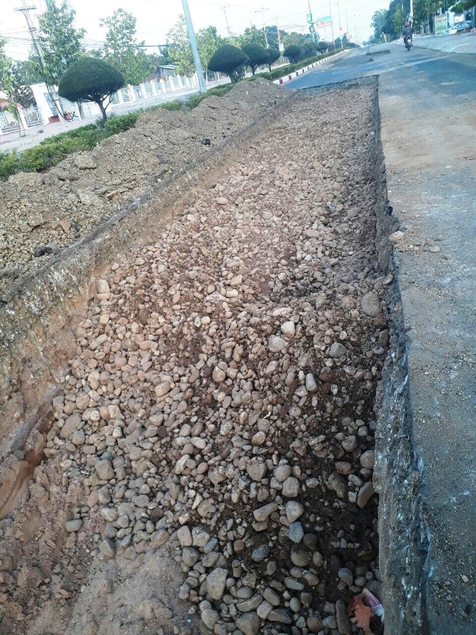 """HĐND tỉnh Gia Lai đề nghị làm rõ """"tuyến đường 4,3 tỷ bị thay đổi kết cấu"""" - Ảnh 2."""