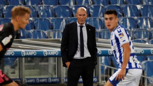 Zidane muốn có 1 tiền đạo cắm thay Jovic.