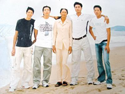 Tiết lộ chiều cao khó tin của gia đình ngôi sao bóng chuyền Ngô Văn Kiều - Ảnh 1.