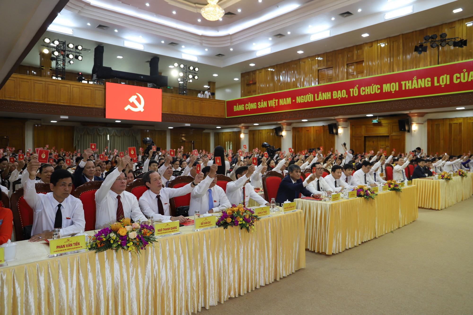 Yên Bái lấy phiếu giới thiệu nhân sự chức danh Bí thư Tỉnh ủy khóa XIX - Ảnh 1.