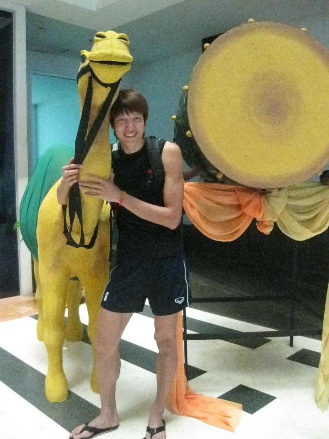 Tiết lộ chiều cao khó tin của gia đình ngôi sao bóng chuyền Ngô Văn Kiều - Ảnh 3.