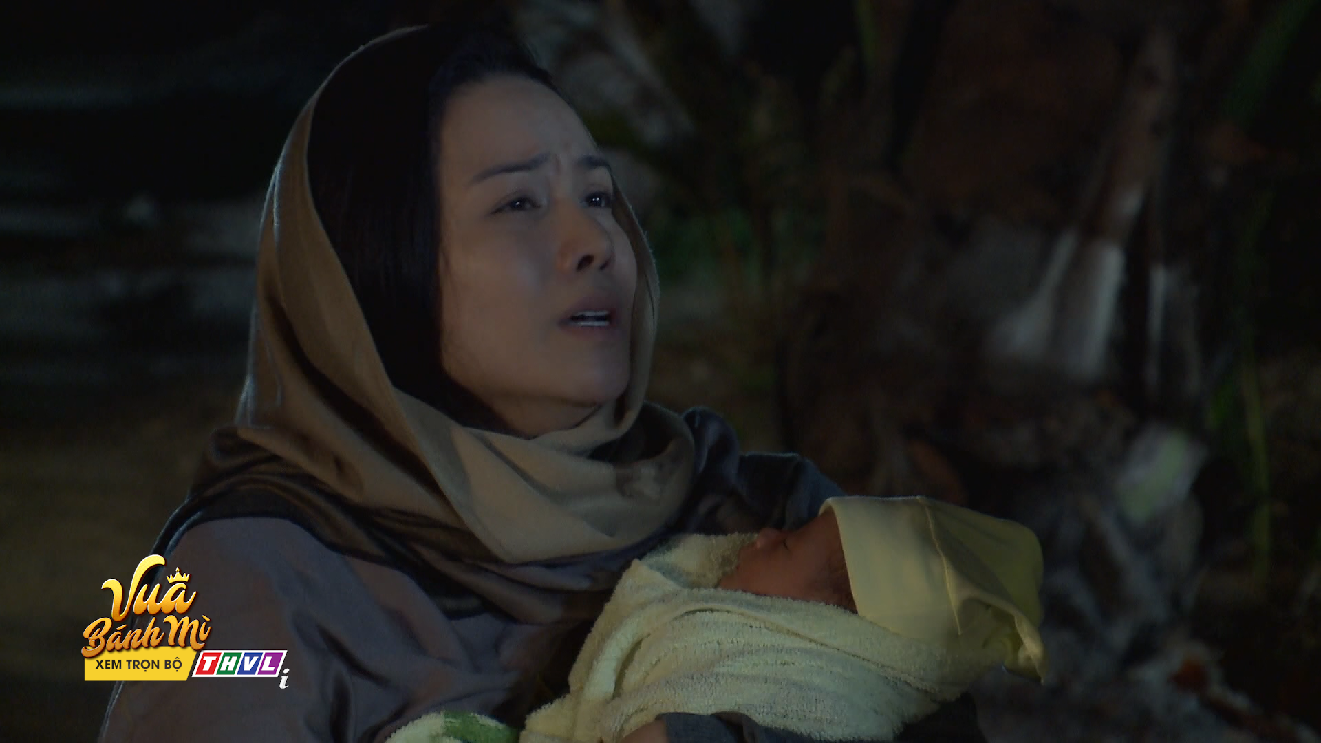 Nhật Kim Anh bị truy đuổi suýt không giữ được đứa con sơ sinh - Ảnh 6.