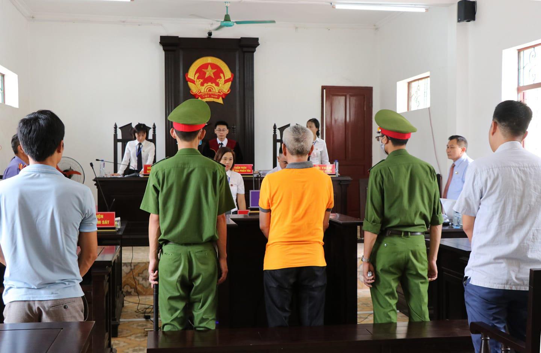 Tuyên phạt bị cáo Nguyễn Hải Phong 42 tháng tù về tội Lạm dụng tín nhiệm chiếm đoạt tài sản - Ảnh 1.