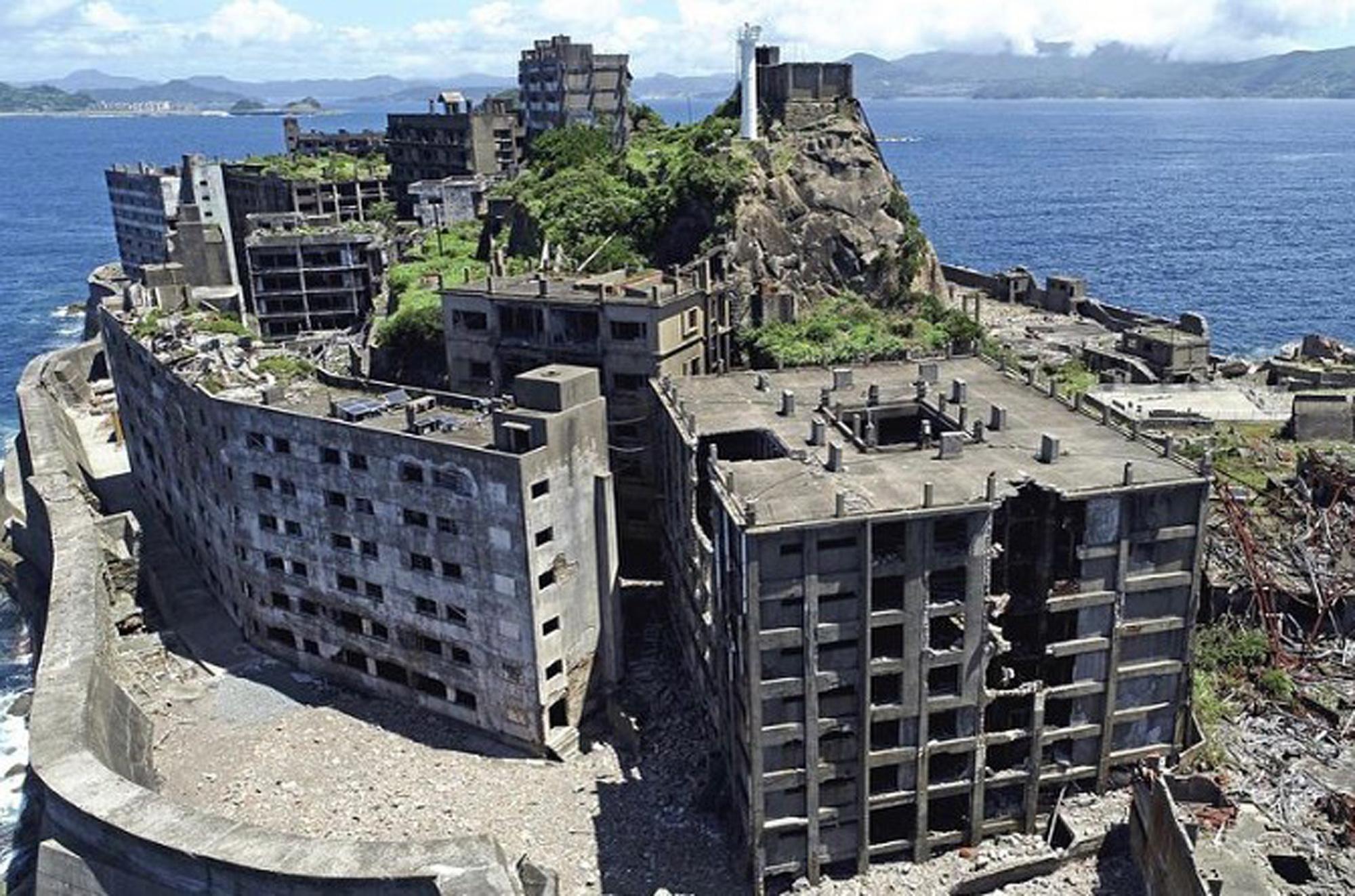 Những khu nhà bỏ hoang trở thành điểm hút khách khắp nơi trên thế giới - Ảnh 2.