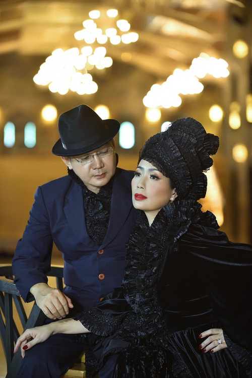 Trịnh Kim Chi bất ngờ đăng ảnh cưới và thu âm tình khúc với chồng doanh nhân sau 20 năm kết hôn  - Ảnh 5.