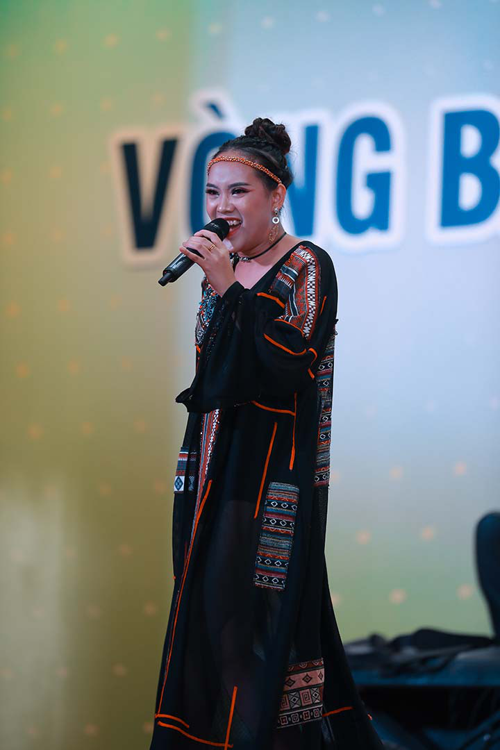 Ca sĩ Tùng Dương, Dương Hoàng Yến làm giám khảo bán kết Giọng hát hay Hà Nội  - Ảnh 3.