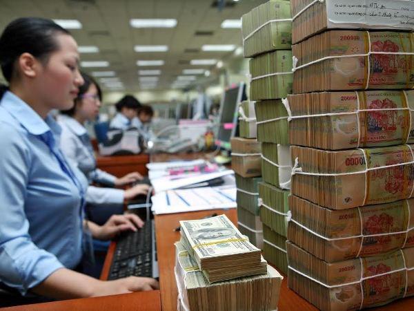 Bị tước quyền tự quyết room ngoại, ngân hàng sẽ ẩn chứa nhiều rủi ro - Ảnh 2.