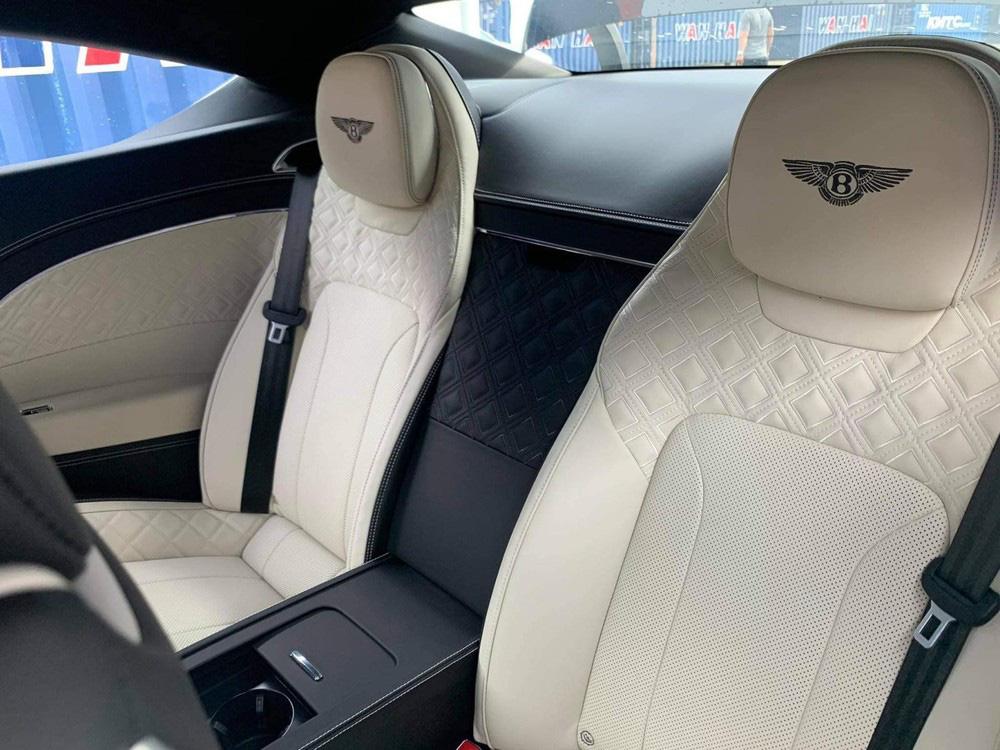 Bentley Continental GT V8 tiếp tục về Việt Nam với màu sơn độc và thuộc bản 100 năm - Ảnh 8.