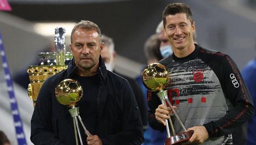 HLV Flick giúp Bayern Munich giành Siêu cúp châu Âu.