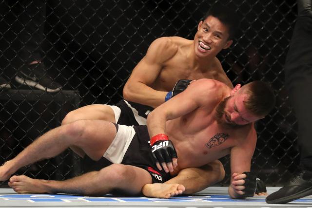 Clip: Võ sĩ gốc Việt Ben Nguyễn hạ đối thủ cực mạnh trong… 49 giây - Ảnh 1.